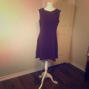 👗👜 5 for $20 SALE Wonderful Wine colored Dress